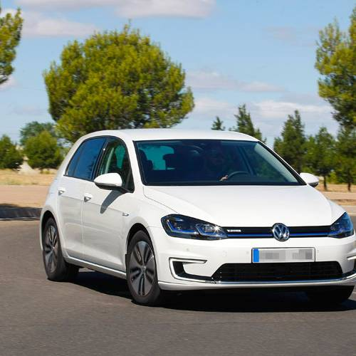 Prueba del Volkswagen e-Golf: limpio como la patena