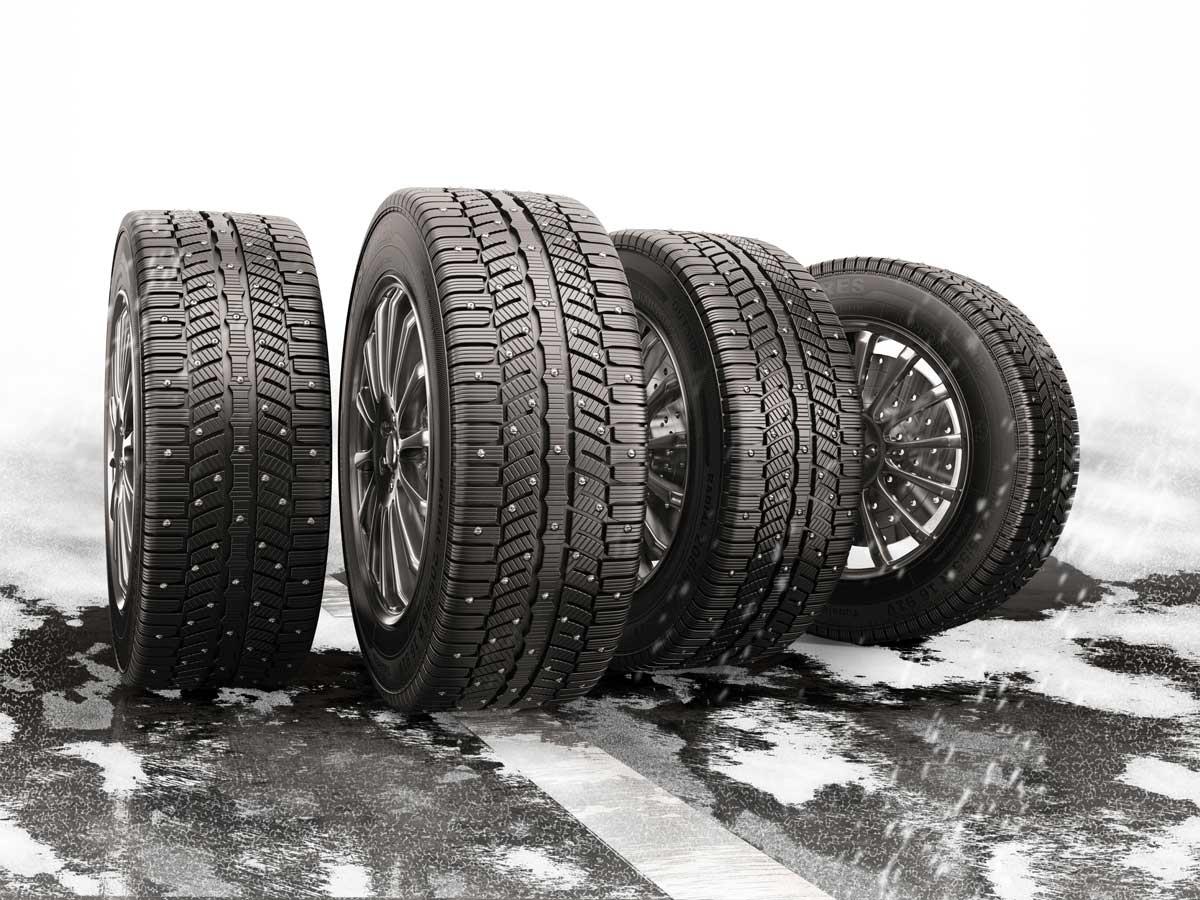 neumáticos de invierno con clavos