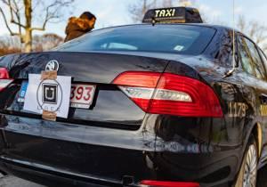 Uber se plantea nuevas opciones de negocio lejos del taxi tradicional