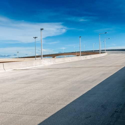 El Gobierno apuesta por el hormigón como alternativa limpia y económica para construir carreteras