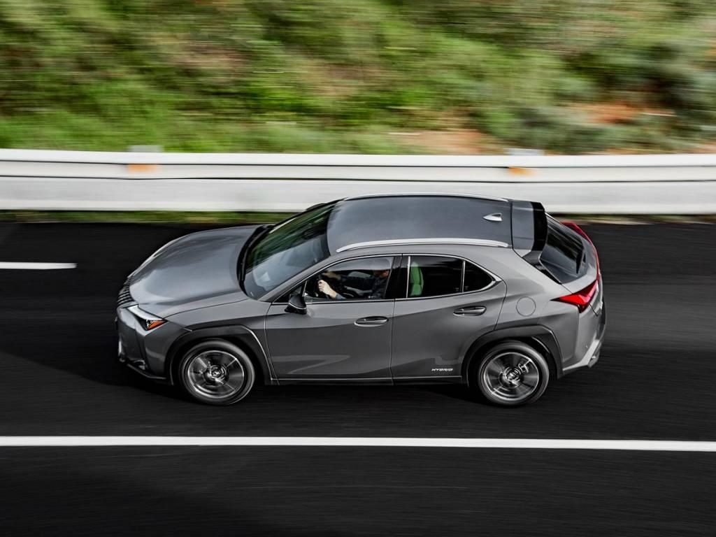 Lexus UX 250h barrido