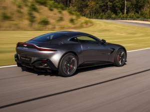 Aston Martin Vantage - Mejor coche de prestaciones