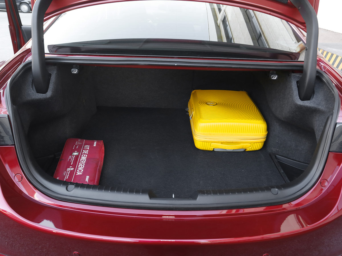 Mazda6 2.2 Skyactiv-D 184 CV Signature Sky
