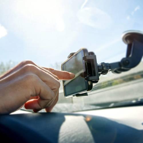 Cómo tener wifi en el coche… si no lo ofrece la marca
