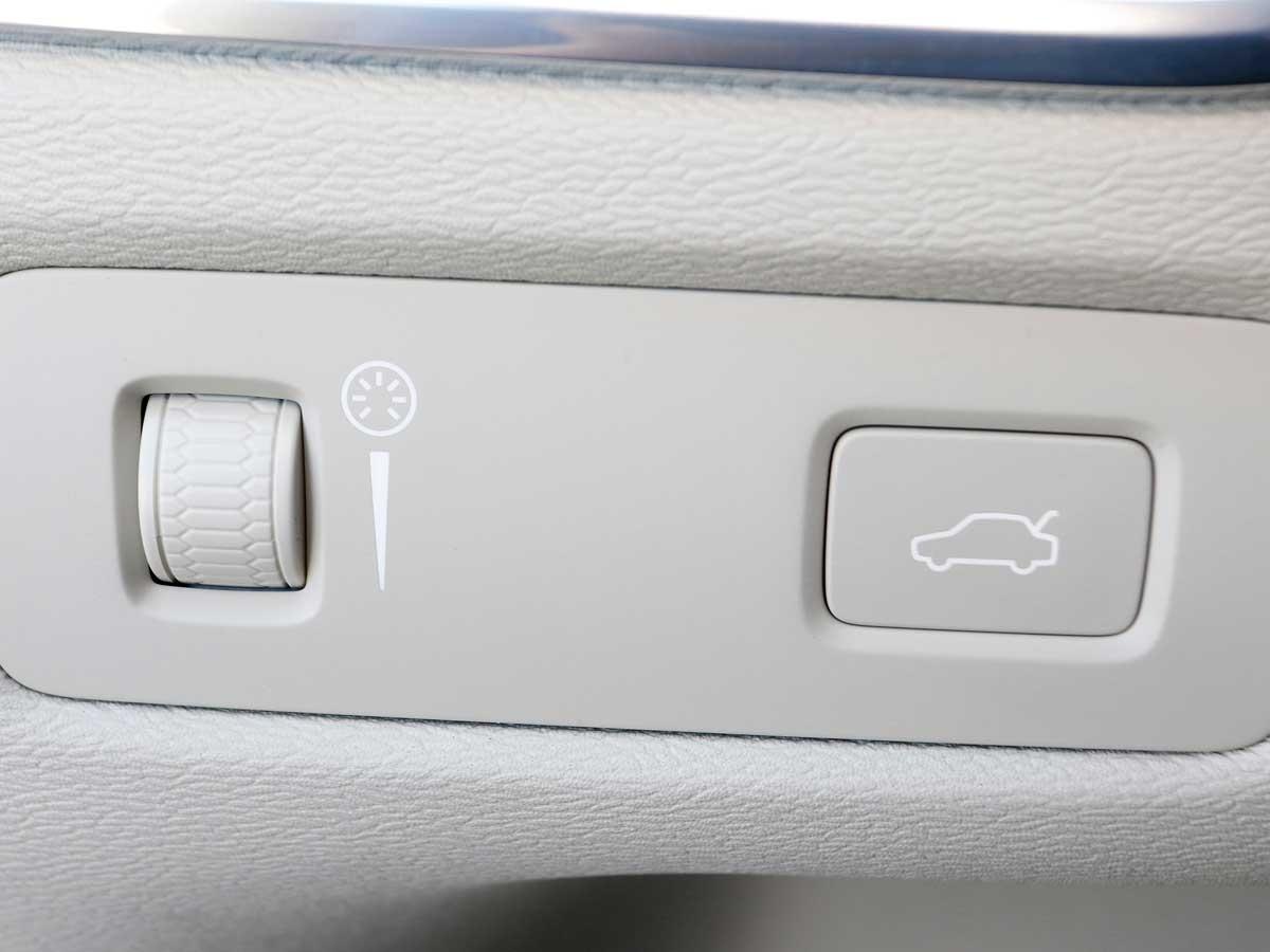 botón apertura maletero Volvo