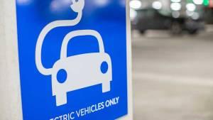 10 apps gratuitas para localizar estaciones de carga de coche eléctrico