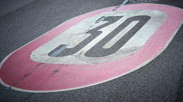 Límite velocidad ciudades