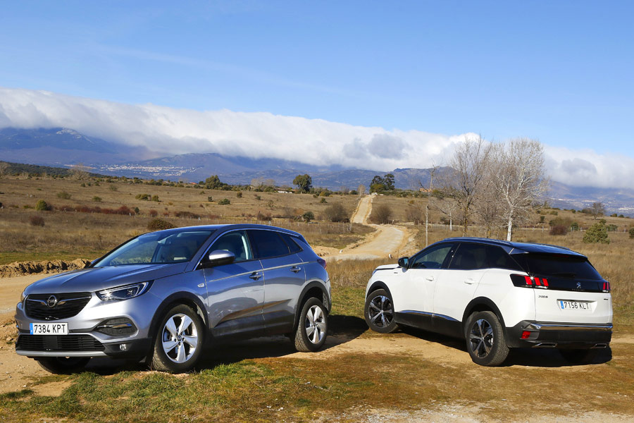 Peugeot 3008 vs Opel Grandland