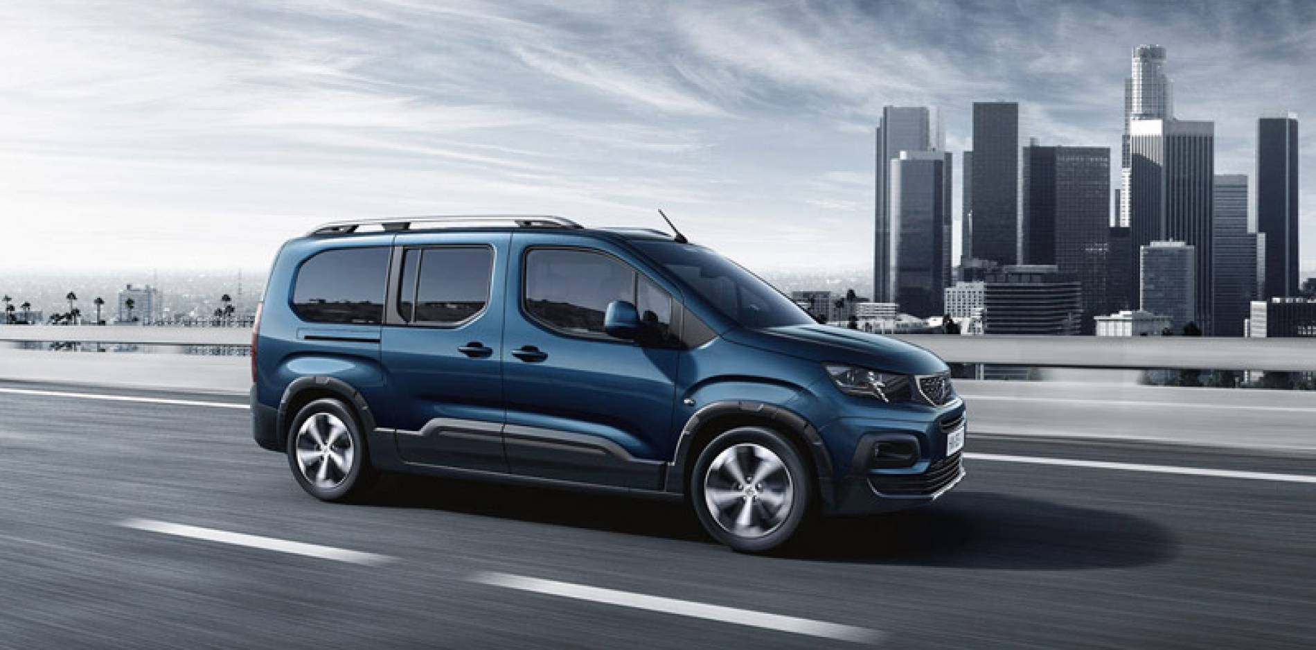 Peugeot Rifter Long: hasta 7 plazas y gran versatilidad desde 16.000 €