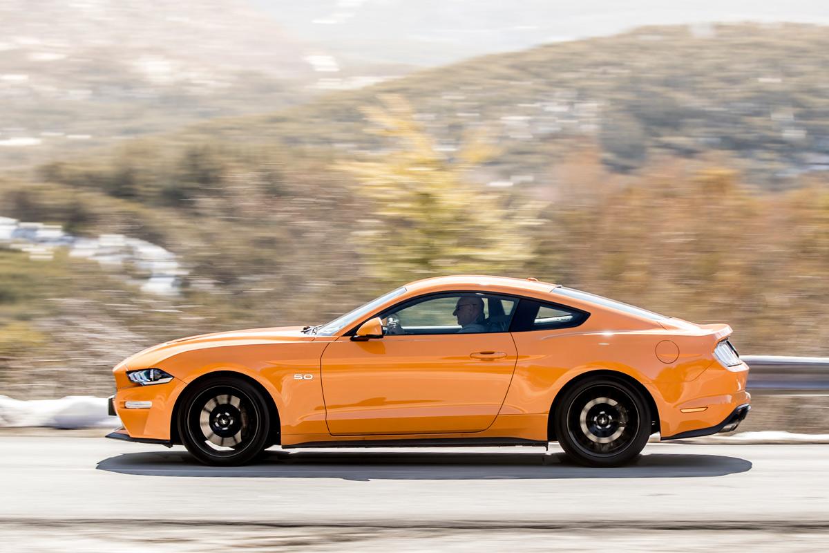 Prueba Ford Mustang 2018, lateral