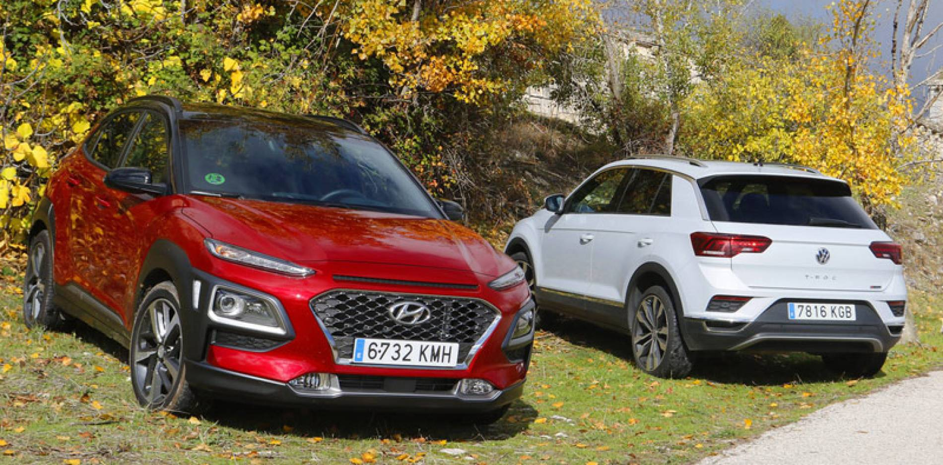 Comparativa entre SUV urbanos: Hyundai Kona vs Volkswagen T-Roc, clase dominante