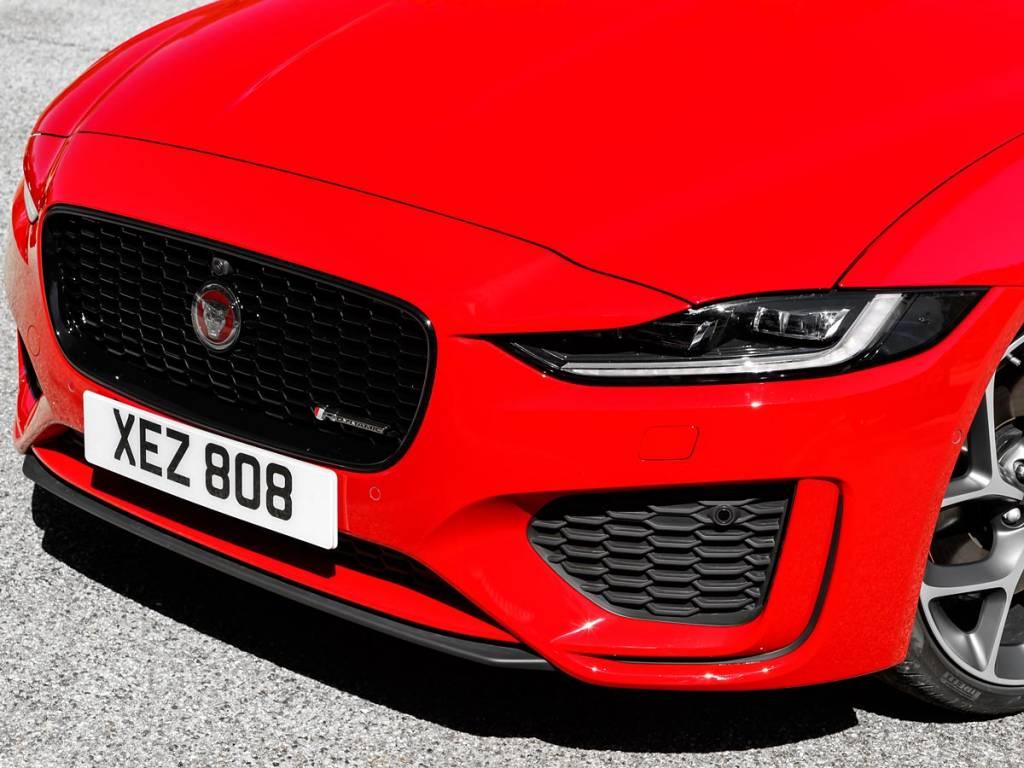 faros Jaguar XE 2019