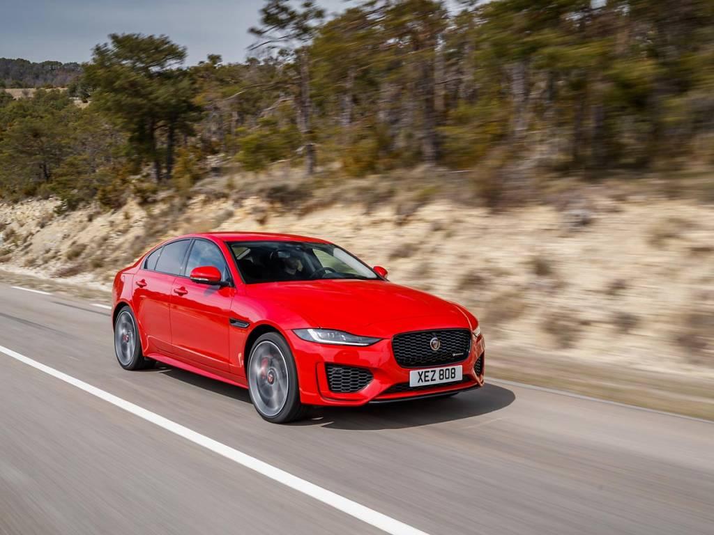 acción Jaguar XE 2019