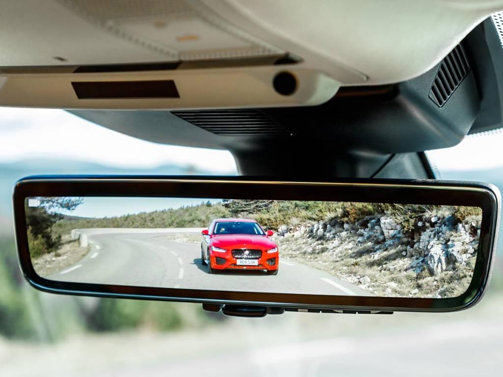 espejo digital Jaguar XE