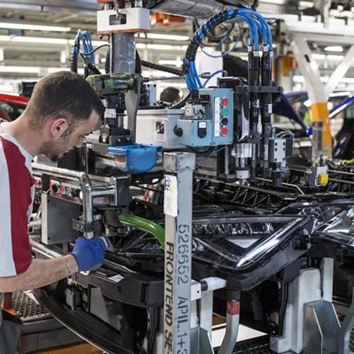 El Grupo Volkswagen presume de músculo económico y pide un plan industrial plurianual para España