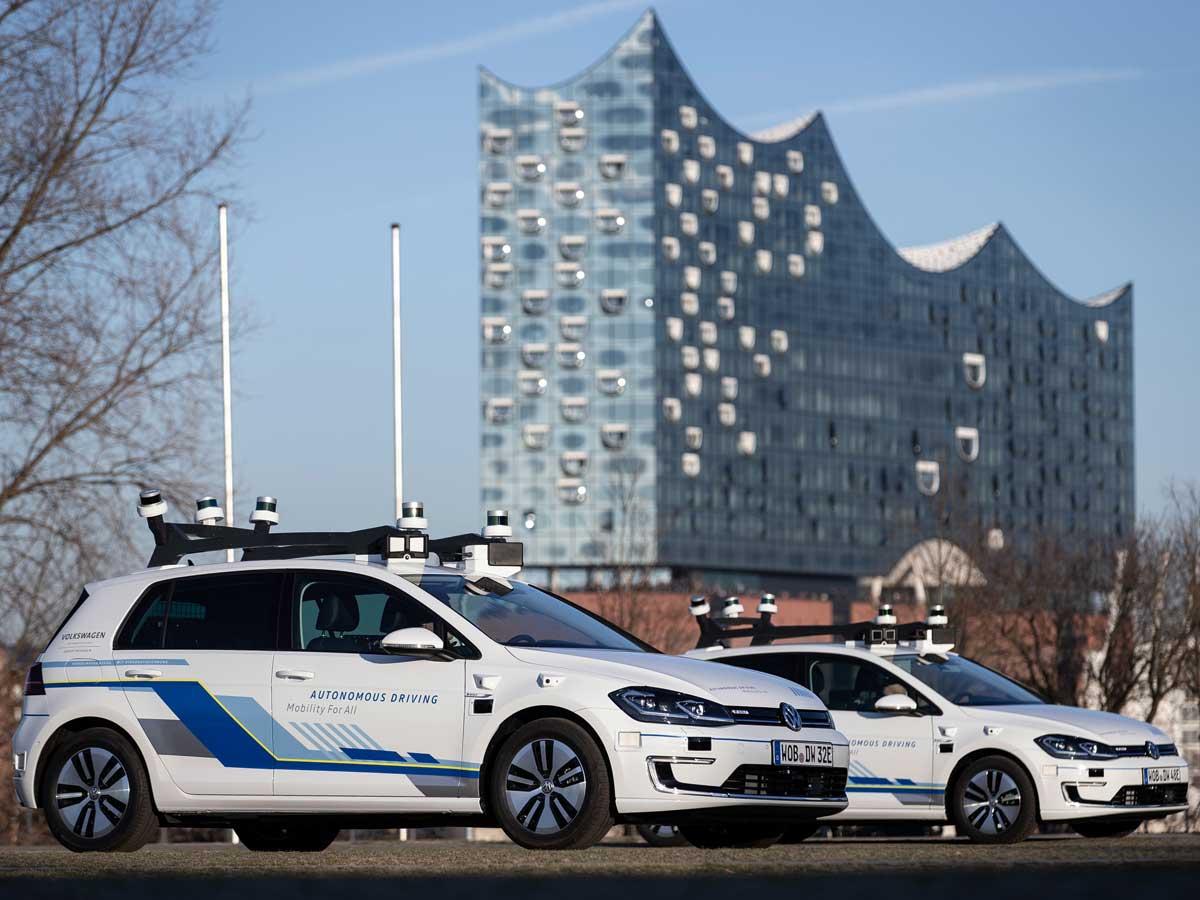 Volkswagen prueba la conducción autónoma en las calles de Hamburgo