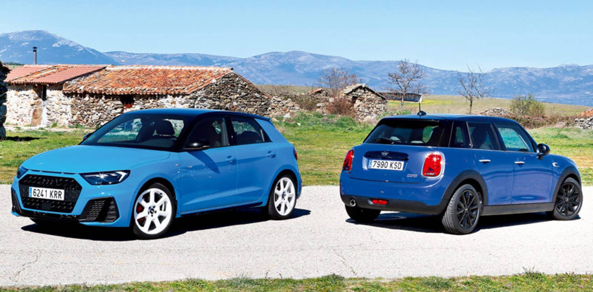 Comparativa de urbanitas premium: Audi A1 Sportback vs MINI Cooper