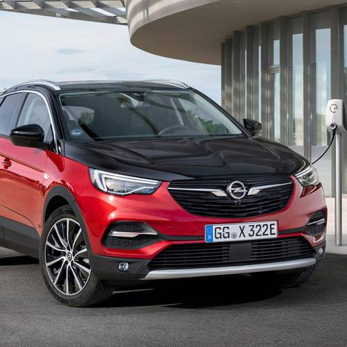 Llega el Opel Grandland X Hybrid4, un híbrido de tracción total y 50 km en modo eléctrico