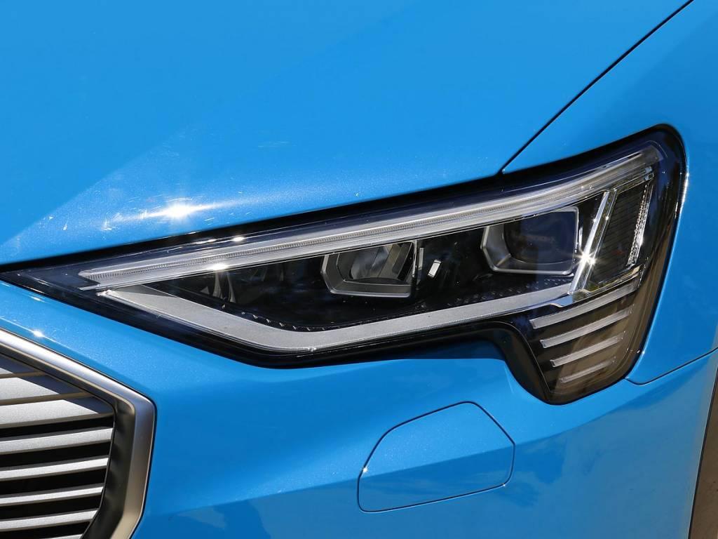 faros Matrix LED Audi e-tron