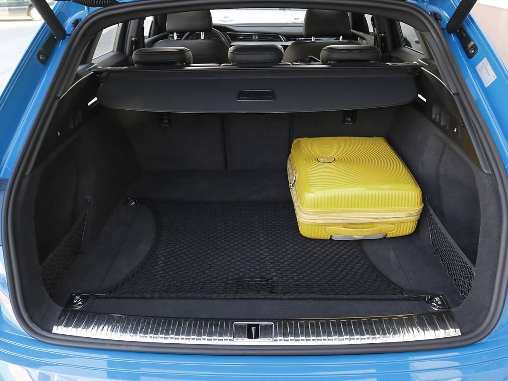 maletero Audi e-tron