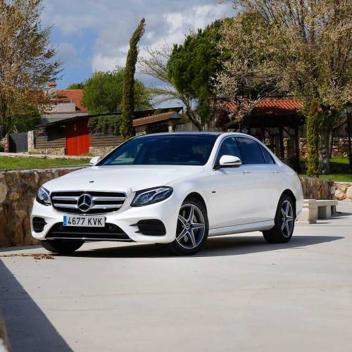 Prueba del Mercedes-Benz E 300 de, híbrido enchufable… diésel