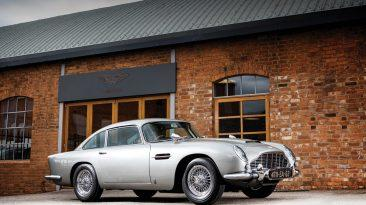 Aston Martin DB5 1965 James Bond