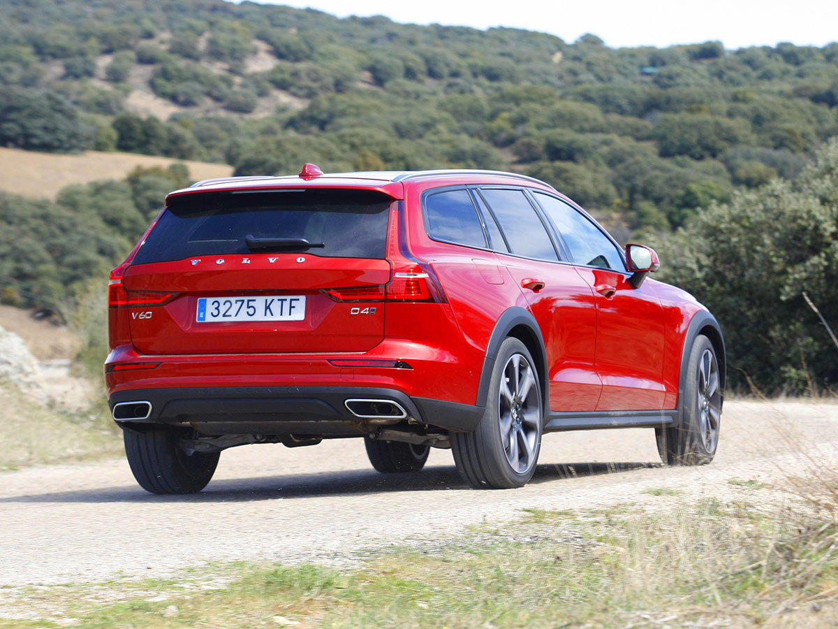 Prueba Volvo V60 Cross Country Pro D4 AWD 2019