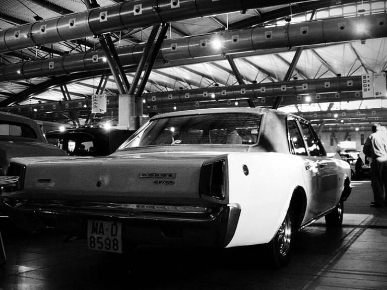 Dodge 3700