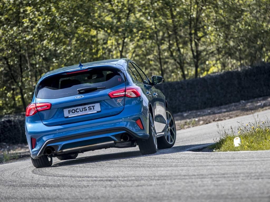 curva Ford Focus ST