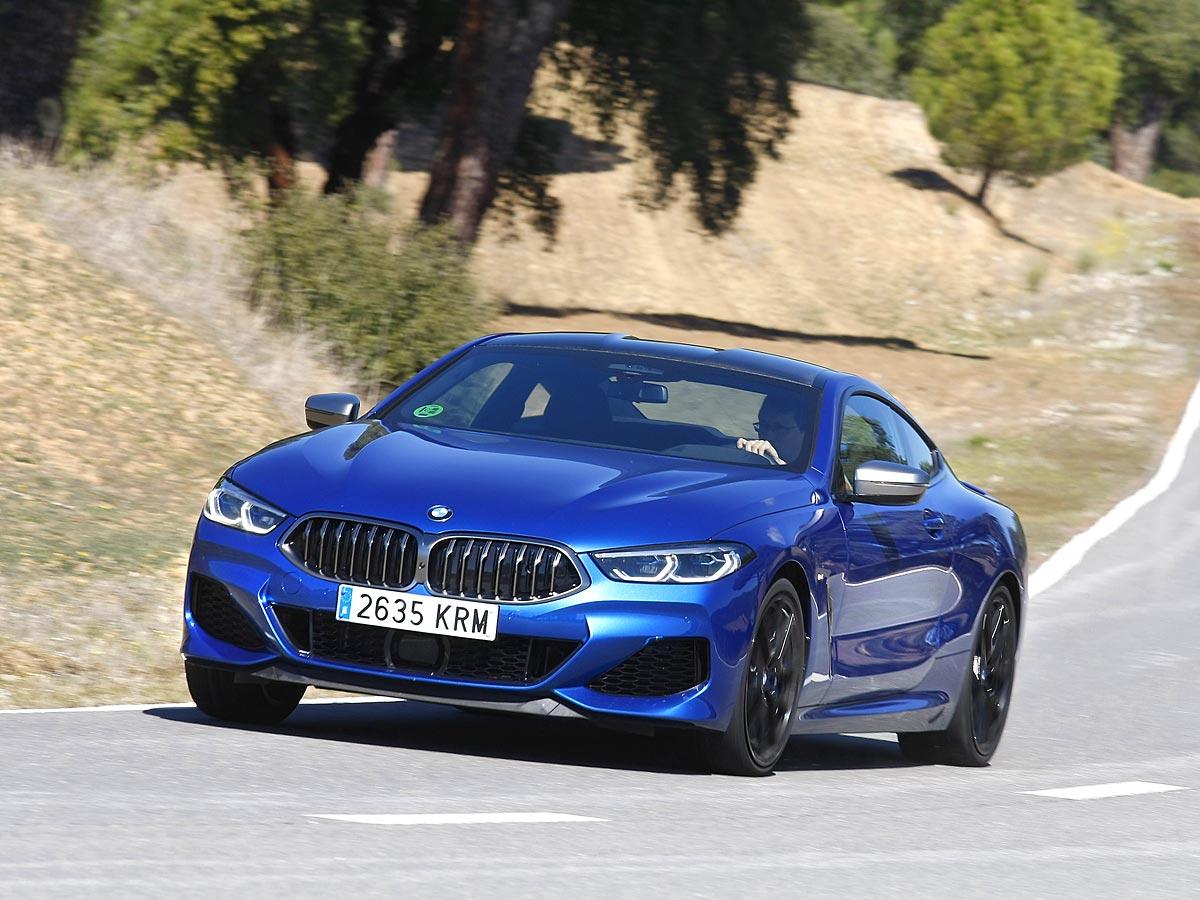 curva BMW M850i Coupé