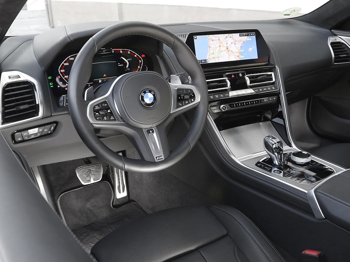 interior BMW M850i xDrive Coupé