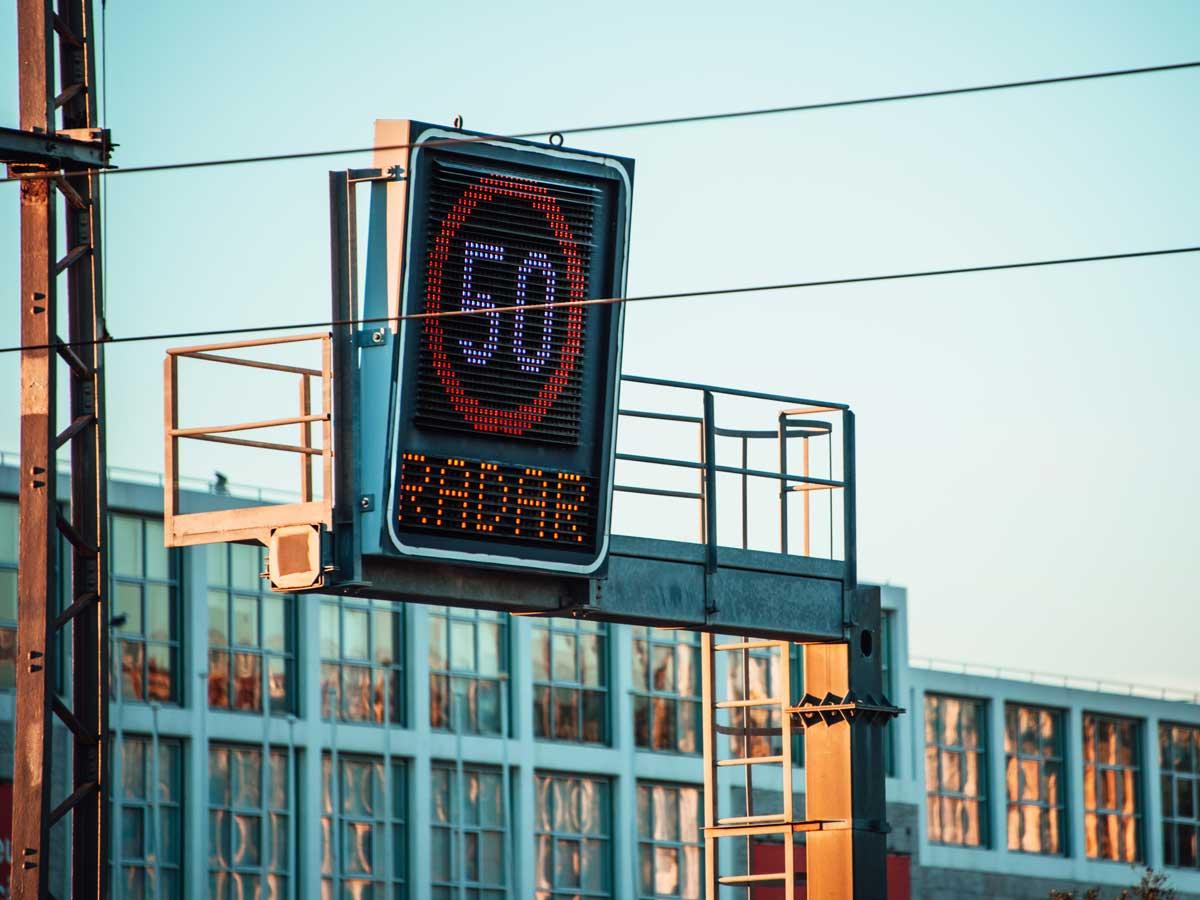 controles de velocidad radar