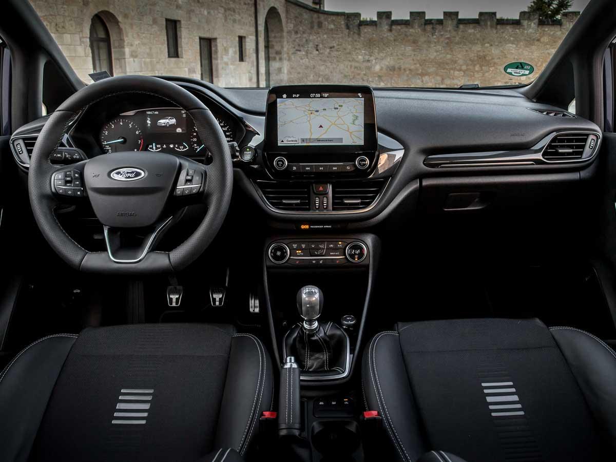 Ford Fiesta etiqueta eco interior