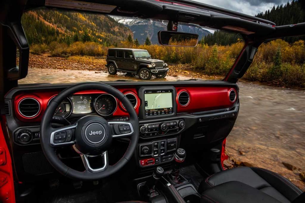 interior del Jeep Wrangler 2018