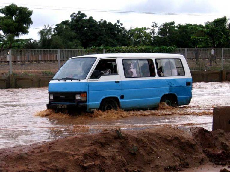 taxi luanda angola
