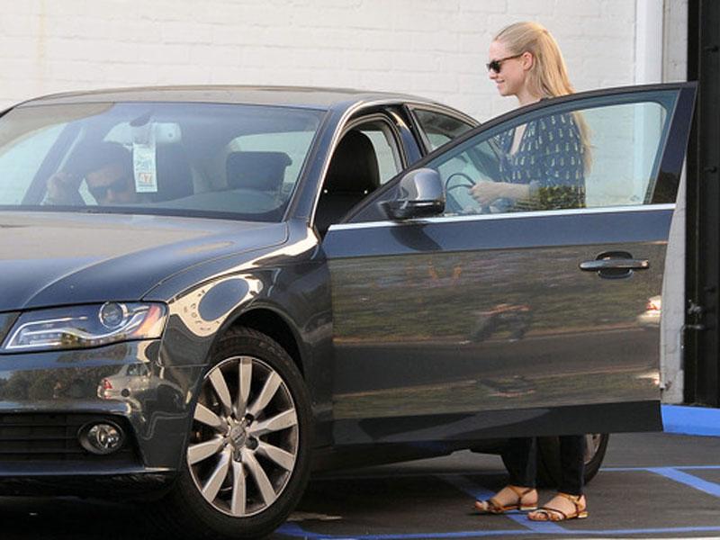 Amanda Seyfried - Audi A5
