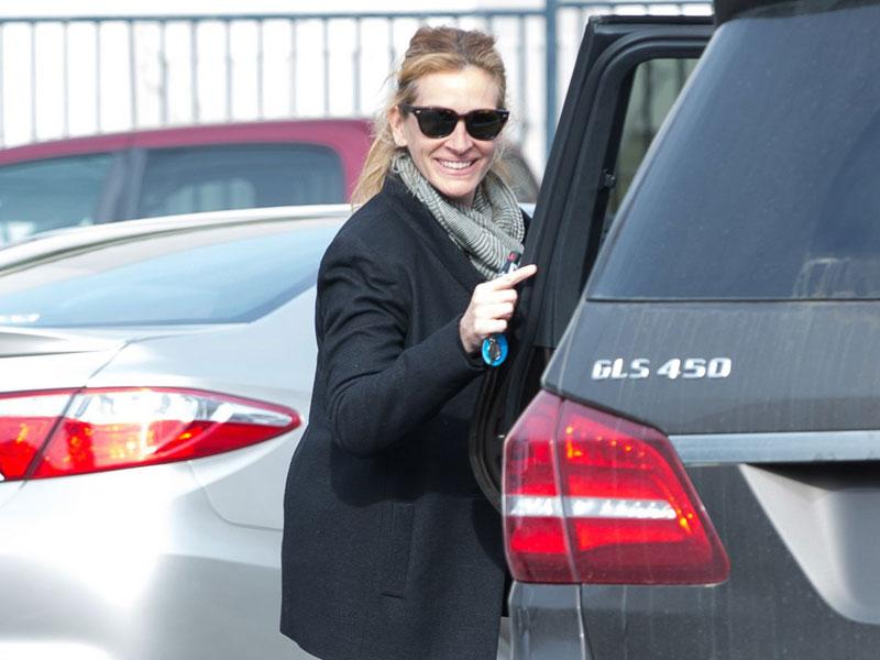Julia Roberts – Mercedes-Benz GLS