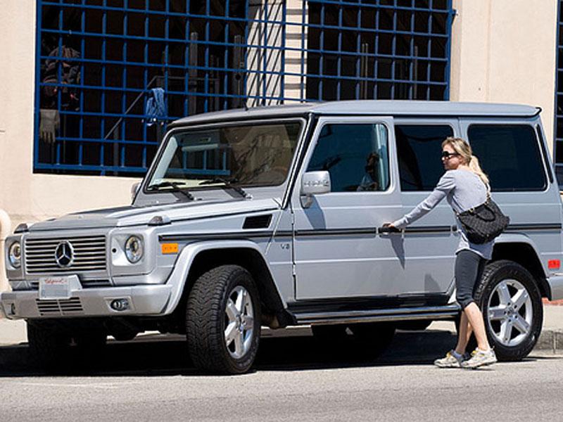 Rene Zellweger - Mercedes-Benz-Clase G