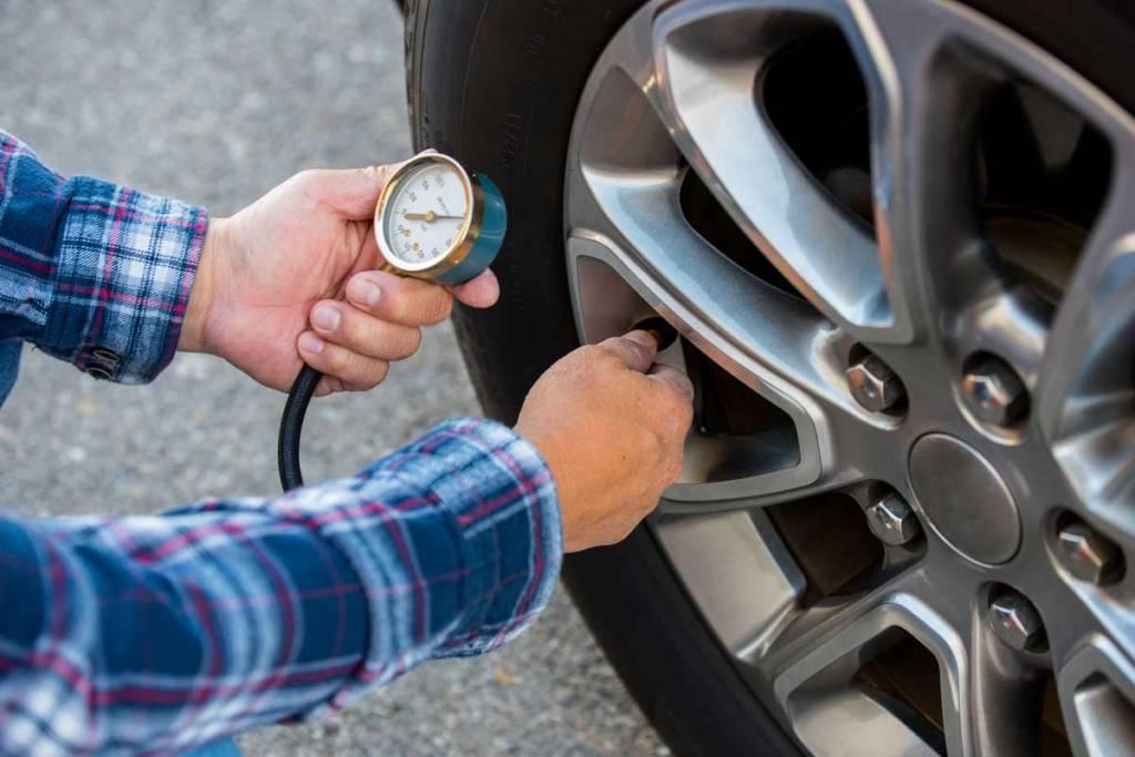 revisar presión neumático