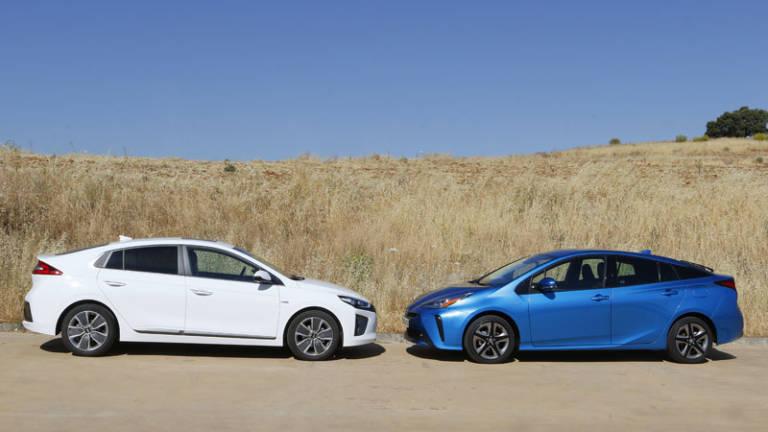 Comparativa Toyota Prius vs Hyundai Ioniq Hybrid 2020