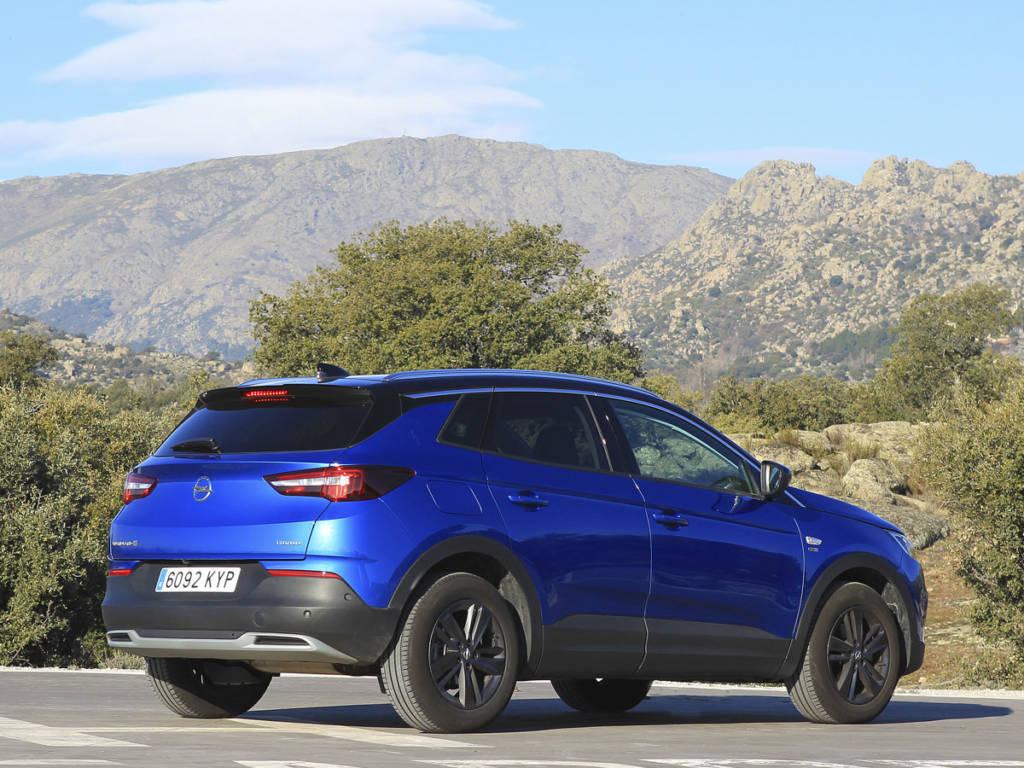 Comparativa Opel Grandland X1.2 Turbo 2021