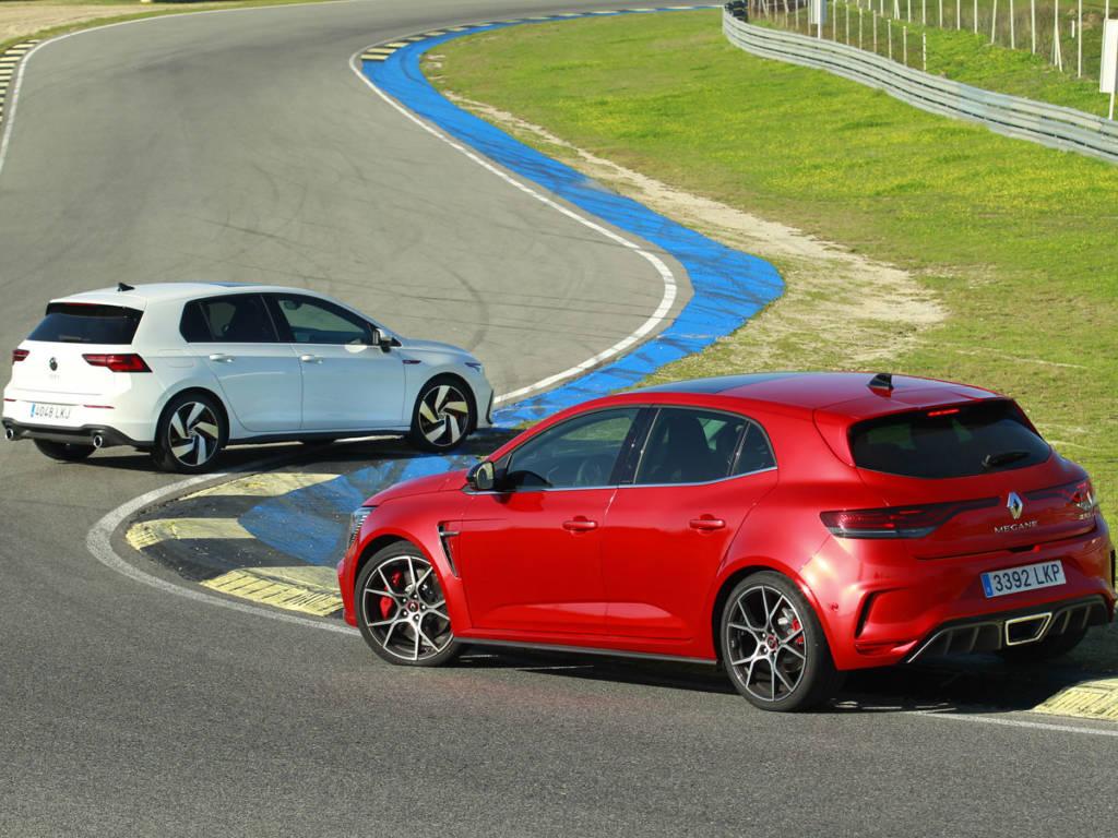 Megane RS y Golf GTI son los dos compactos deportivos más buscados