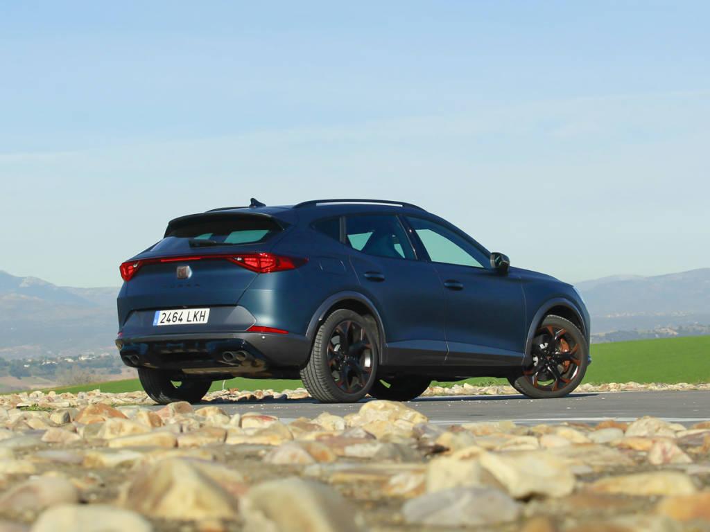 Es un SUV pero disfruta de excelente dinámica de conducción.