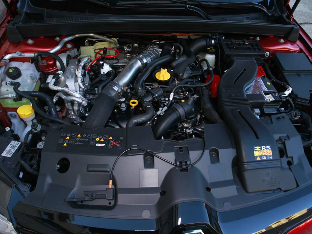 Motor de 1,8 litros y 300 CV