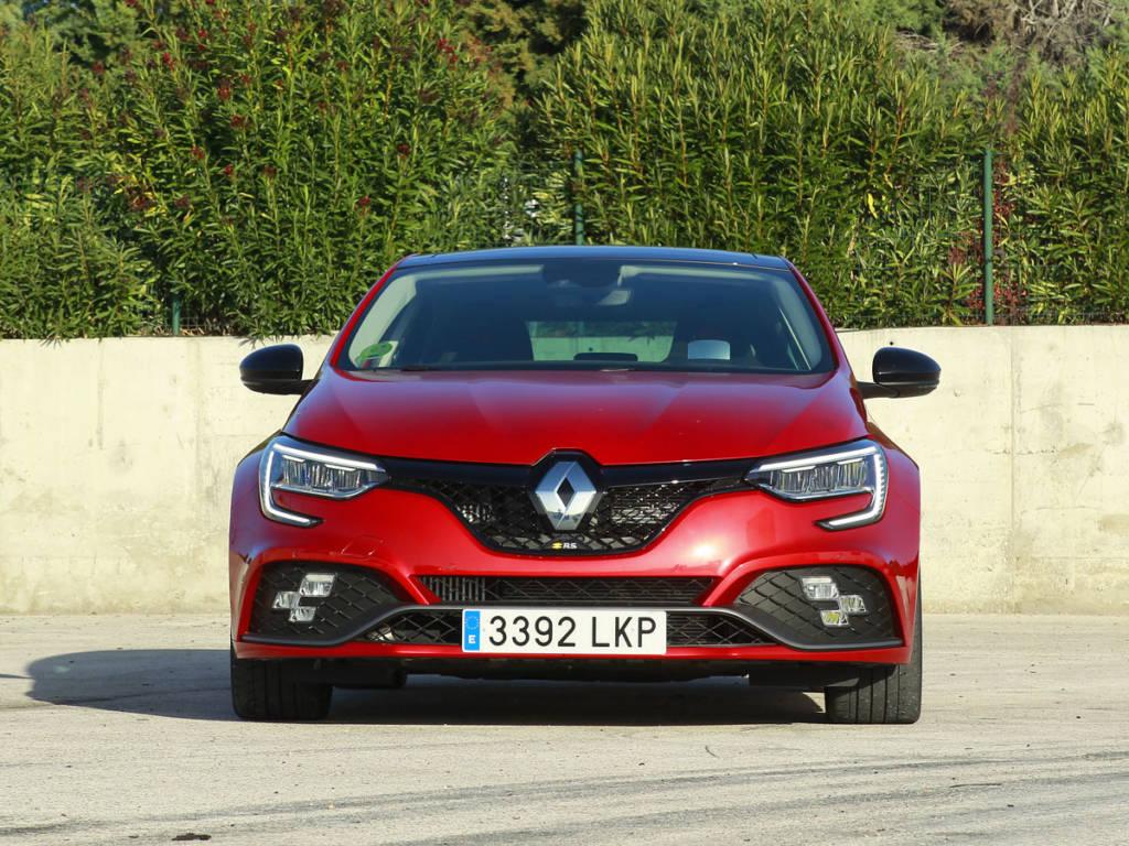 Visión frontal del Renault Mégane R.S.