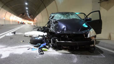 Así debes actuar si te encuentras un accidente en la carretera