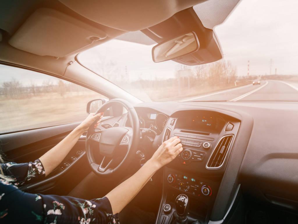 La temperatura más apropiada para conducir está entre los 21 y los 22 grados