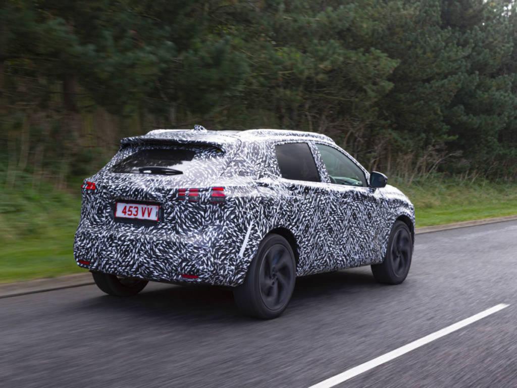 Con estas imágenes nos imaginamos que heredará su estética de la del Nissan Juke