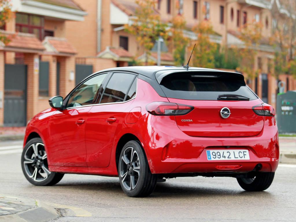 Apunta alto el nuevo Opel Corsa pues su propuesta es la más deportiva de las tres