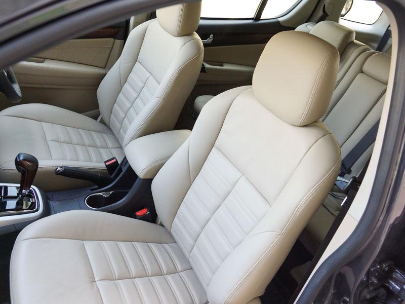 El desgaste de los asientos en un coche de segunda mano